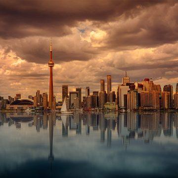 BIS Warns of Canadian Banking Crisis