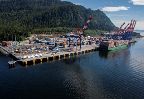 A Canadian port shines