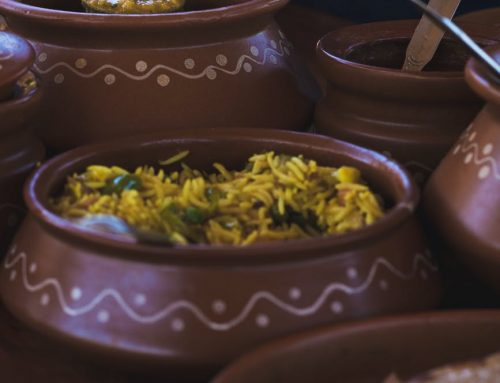 Do clay pots develop more taste in your food?